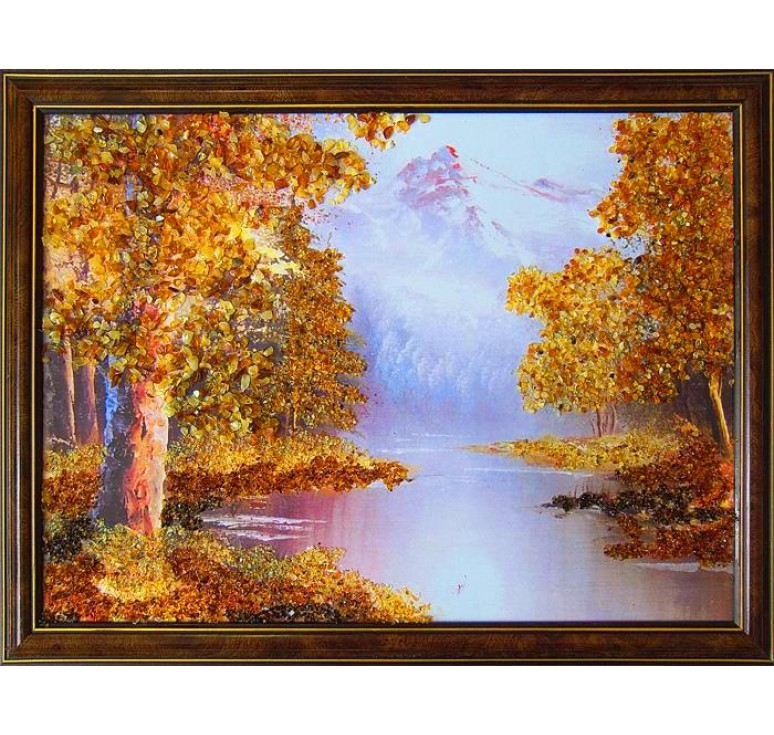 Картина из янтаря лесная река